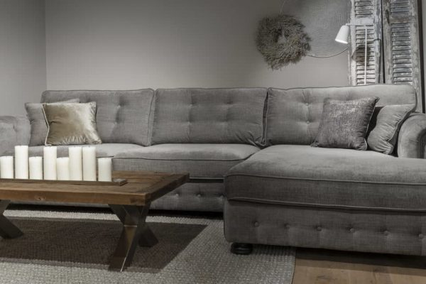 UrbanSofa-San-Remo-loungebank-Burlington-salon-tafel-2560x1280-1-1280x640
